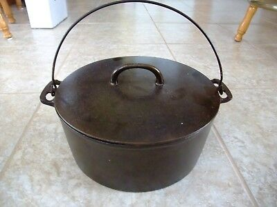 "Antique Cast Iron ""WAGNER SIDNEY 9"" w/ Lid 10 1/2  inch 5 Quart made in USA Rare"