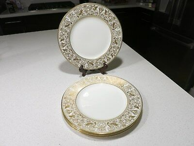 Wedgwood Florentine Gold Lot Of 4 Dinner Plates