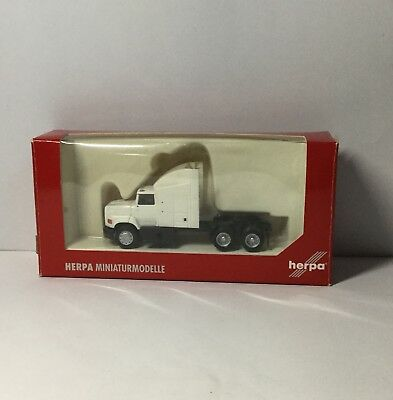 Ho Scale Herpa Ford Prime Mover