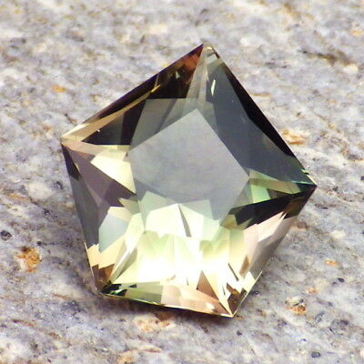 GREEN-COPPER-PEACHY DICHROIC OREGON SUNSTONE 4.04Ct FLAWLESS-FROM OUR PANA MINE