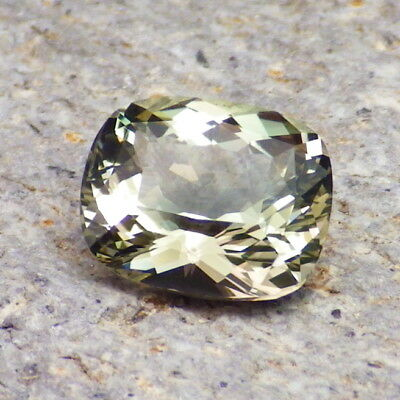 SEAFOAM GREEN-BLUE OREGON SUNSTONE 2.22Ct FLAWLESS-FROM OUR MINE-RARE COLOR