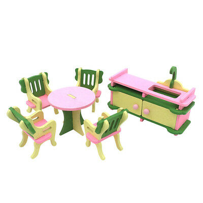1 set Baby Wooden Dollhouse Furniture Dolls House Miniature Child Play Toys I6Z7