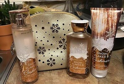 BATH & BODY SNOWFLAKES & CASHMERE Sparkling Wonderland Cosmetic Bag Gift Set NEW