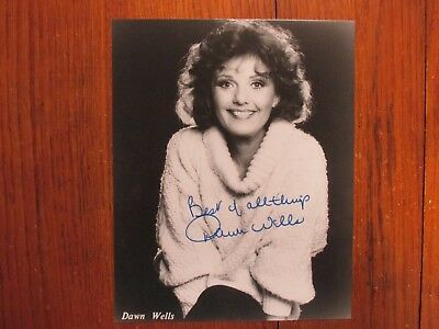 """DAWN  WELLS (""""Gilligan's Island"""")Signed 1980's  8"""" x 10""""  Black and White Photo"""