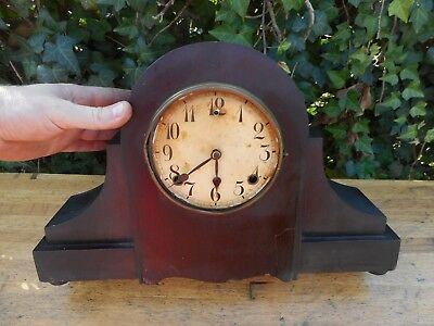 "Early Antique "" Made in United States of America "" Shelf Mantle Clock"