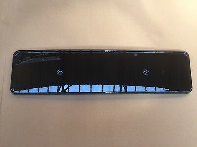 Audi A1 A3 A4 A5 A6 A7 A8 Q2 Q3 Q5 Q7 Number Plate Holder Gloss Black