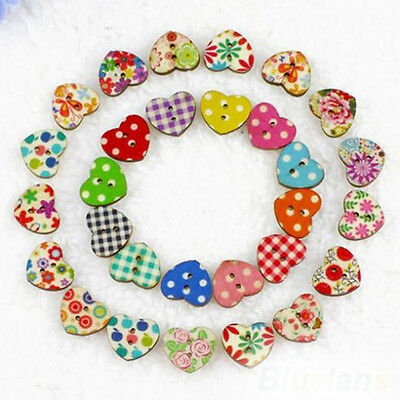 100Pcs 18mm Colorful Heart Shaped 2 Holes Wood Sewing Scrapbooking DIY Buttons