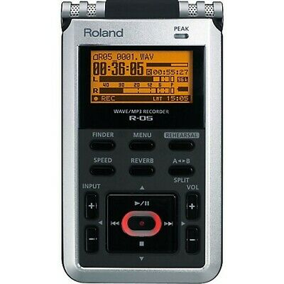 Roland R-05 Digital Multi Track Recorder (Works Perfect-very small screen crack)
