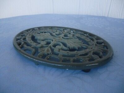 vintage style cast iron enamel trivet bench protector pot teapot stand oval grey