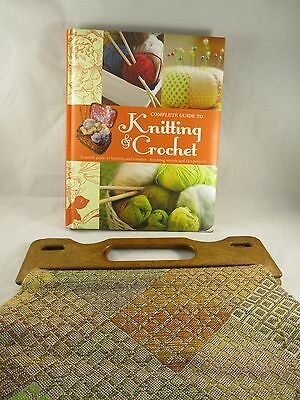 Craft Knitting Bag and Complete Guide to Knitting and Crochet  - Parragon Press