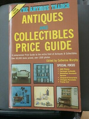 The Antique Trader - Antiques And Collectibles Price Guide - Third Edition