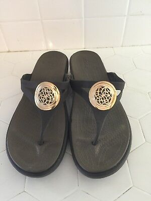 5c286ab93fbb7f CROCS LEATHER STRAP Flip Flop Sandals Brown Womens Size 10 -  23.99 ...