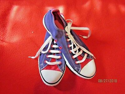 db86aac25300 Converse All Stars Low Tops Junior Size 5 Purple   Pink Sneakers Double  Tongue