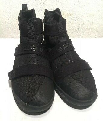 d8c3dc611a3 Nike Lebron James Soldier 10 SFG Black SilverBasketball Shoes Size 7Y  845121-001