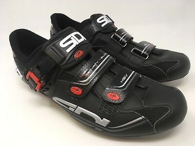 fcb8938391efd0 NEW SIDI Genius 7 Carbon Men s Road Cycling Shoes VARIOUS SIZES NEW IN BOX