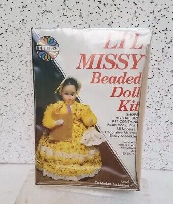 Li'l Missy Beaded Doll Kit To Market To Market 13425 Holiday New Sealed