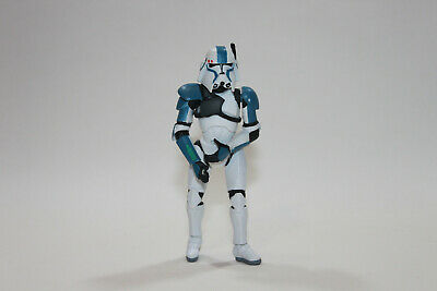 Star Wars 2004 Commander Bacara Action Figure Loose
