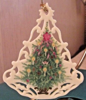 "Beautiful LENOX Fine IVORY China ""HOLIDAY TREE w/CANDLES"" Christmas Ornament 3""T"