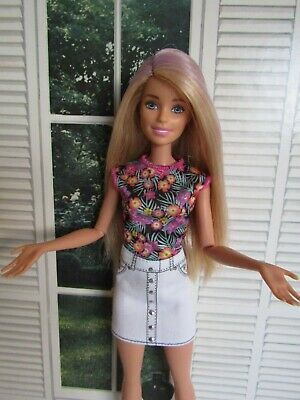 Barbie Day to Night Style Doll Streaked Hair Articulated