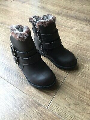 BNWT M&S Kids Girls Brown Fluffy Zip Up Boots - Size UK 5 Infant - RRP £24