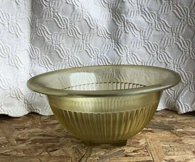 """Vintage Federal Depression Glass Mixing Bowl Ribbed Amber / Yellow 9.5"""" x 4.25"""""""