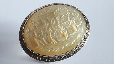 Beautiful Antique 9ct Gold & Mother Of Pearl Brooch With Chinese Carving.