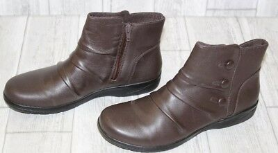 a6e784e4d4bb CLARKS CHEYN ANNE Zip Boots - Women s Size 6.5 M - Dark Brown ...