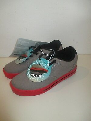 Boys Kids Sidewalk Sports Skate Shoes with Removable Wheels - Grey/Red - Size 6