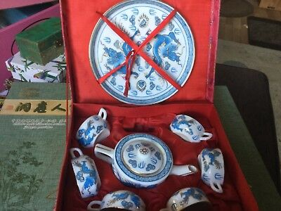 Chinese souvenir: miniature blue and white TEASET Unwanted gift