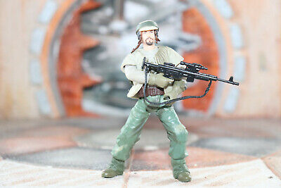 Endor Rebel Soldier Star Wars SAGA 2002