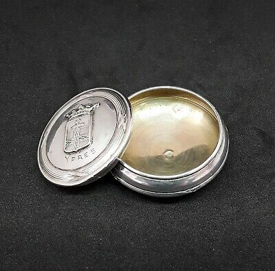 Antique/vintage solid silver gilded snuff/pill box