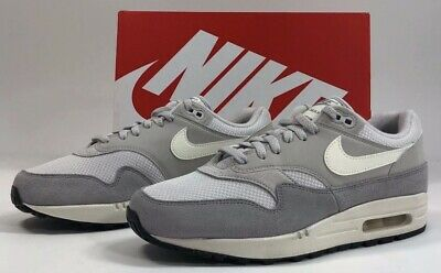 best website 7965f adfca Nike Air Max 1 Sz.13 AH8145 011