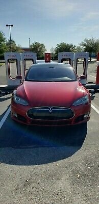 2014 Tesla Model S 60 Tesla model s S60 2014 with free supercharging free 3g connection and tech packa