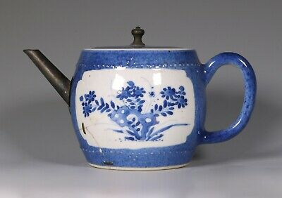 Chinese Blue and White Barrel Shaped Teapot and Cover, Kangxi, c1700