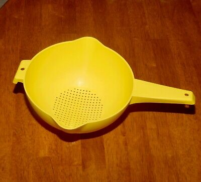 Retro TUPPERWARE Large YELLOW STRAINER - Pre Owned Cond.