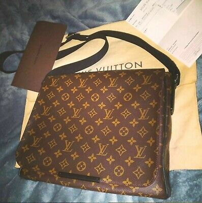 Louis Vuitton District Mm Messenger Bag 2014 Barely Used Monogram Macassar Real
