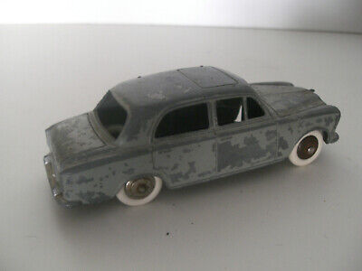 Dinky Toys Peugeot 403