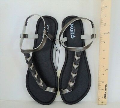 e2e00d1b1f7e NEW   Women s MUDD Sandals Black   Silver Braid Flip Flops Size Large 9-10
