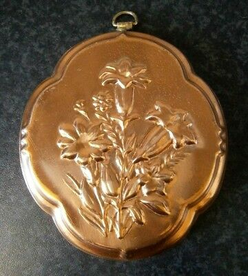 VINTAGE KITCHEN CLASSIC COPPER PLATED MINI MOULD with Flowers WALL DECOR