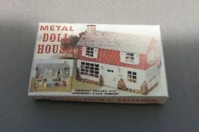 Dollhouse Miniature 1:12 Scale Metal Doll House Box