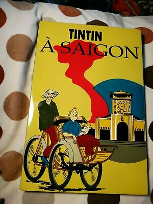 TinTin Picture - Hand Painted Lacquered Wooden TinTin A Saigon Plaque - Yellow