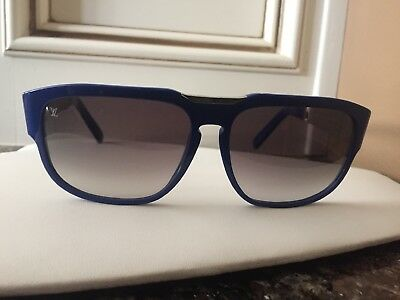 a4a8c508393 LOUIS VUITTON ATTIRANCE sunglasses blue frame