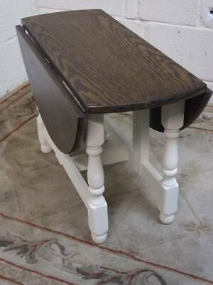 SMALL OAK DROP LEAF COFFEE / OCCASIONAL TABLE with CLOTTED CREAM TURNED SUPPORTS