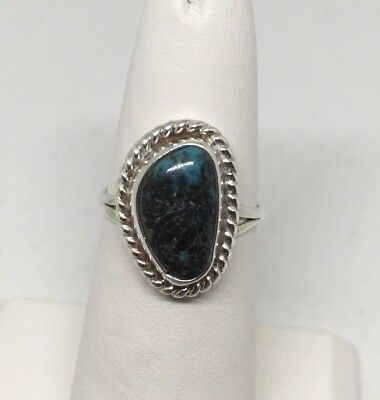 Vintage Old Pawn Handmade Silver Ring With Turquoise Size 5 EUC 3 grams