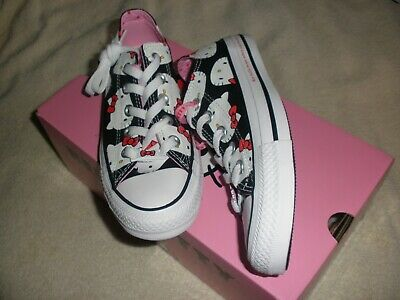 92bb02c867975d Mens size 3.5   womens size 5.5 Hello Kitty Converse CTAS OX 162947c shoe