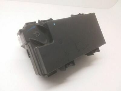 10 2010 Dodge Grand Caravan Town & Country TIPM Power Module Fuse Box Relay