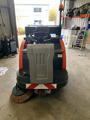 Road sweeper / Ride On sweeper