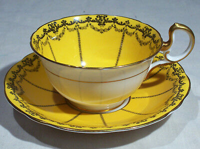 Vintage Aynsley Cup And Saucer 2993 Golden Yellow Garland Swag Black Gold White