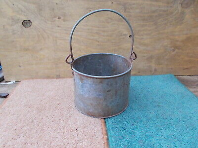 PAINT KETTLE__nice look vintage paint kettle nice condition no holes classic