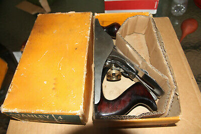 Vintage Stanley No.4 Smoothing Plane. Aust Made in Original Box. Nice old tool
